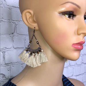 Jewelry - Boho fringe tassel earrings beige